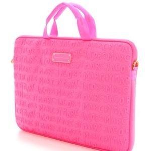 Marc Jacobs 15-inch laptop bag (PINK)